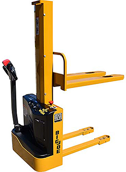 Big Joe S22-62R Electric Stacker