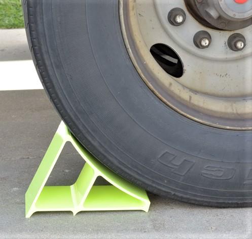 EALUM-7-FYL Aluminum Wheel Chock