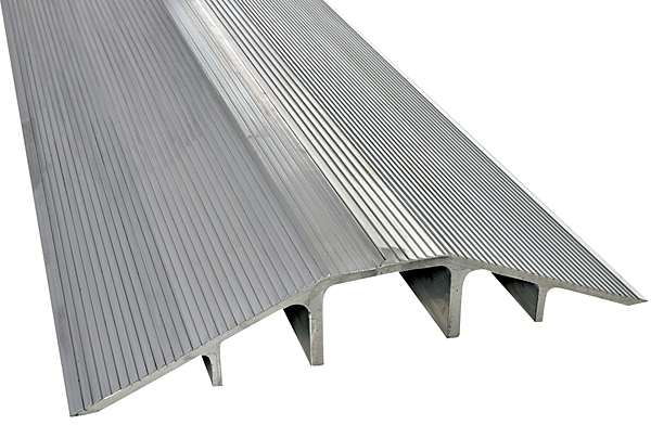Vestil XHCR-60 Aluminum Hose & Cable Ramp