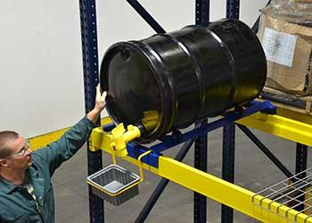 Vestil Pallet Rack Drum Cradle With Drip Pan